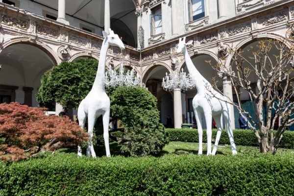 Giraffe in Love by Marcantonio - Salone del Mobile