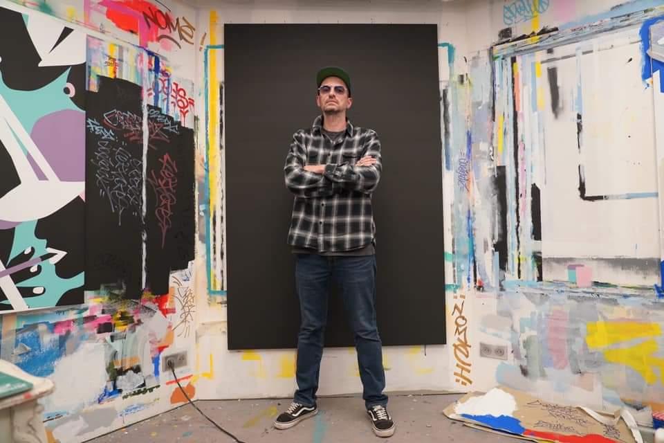 Portray of Loic Le Floch aka FENX in his Parisian Studio